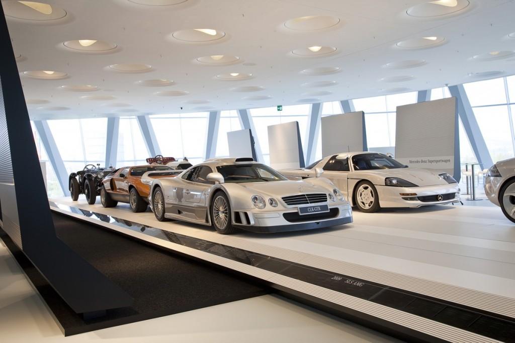 Mercedes-Benz Welt, Architektur-Wettbewerb 771413 1408540 3543 2362 10C440 021 1024x682