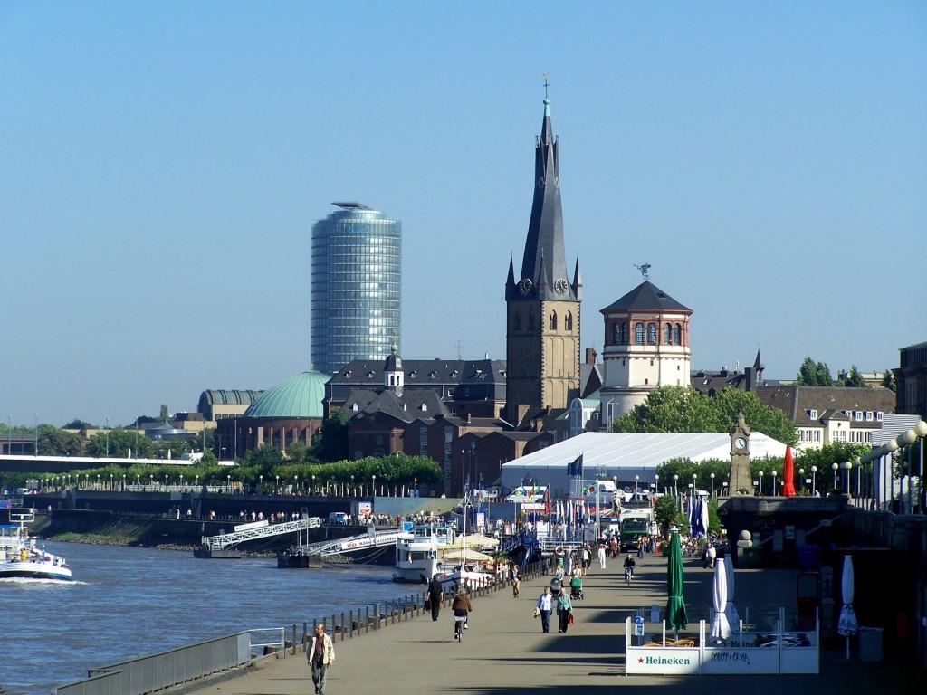 Design Düsseldorf: die besten Shoppingtipps Altstadt Rhein 21 1024x768