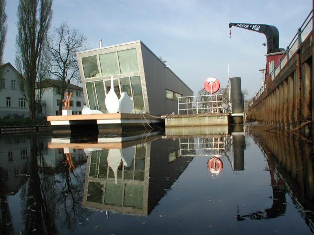 Architektur & Design: Das Schwimmhausboot trend Imag2