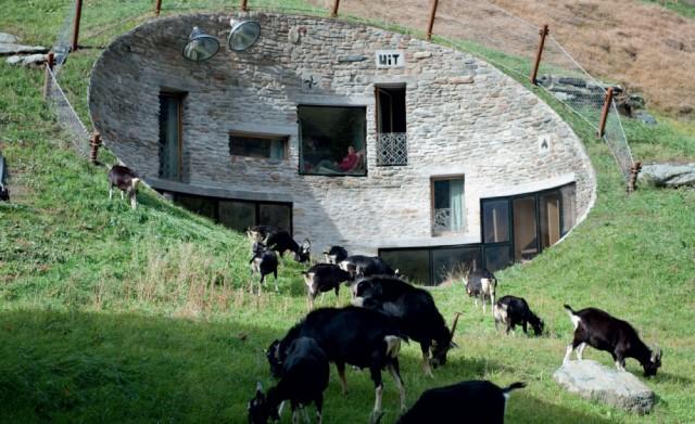 villa-vals1-vi  Villa Vals in der Schweiz villa vals1 vi e1353927703228