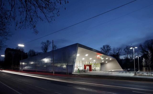 jasmin schuller 8  Erstaunlicher Designtrend in der Architektur: einen Supermarkt in Graz, Österreich jasmin schuller 8 e1354707356498