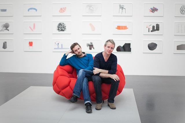 """""""Die Bouroullec-Brüder sind A&W-Designer von 2013. Ihr Designs stehen gut auf Ihnen Wohnzimmer neben Ihnen Lieblingsmöbel und vermischen mit Ihnen Dekoration.""""  Bouroullec-Brüder: die A&W-Designer des Jahres 2013 Bouroullec Br  der die AW Designer des Jahres 2013 Marke Leute Wohn Design Trend"""