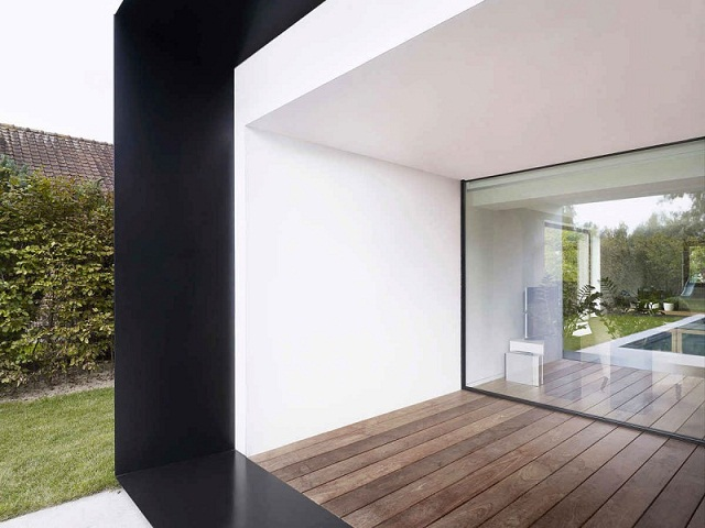 """""""Studio Graux & Baeyens Architecten hat vor kurzem das DS Projekt abgeschlossen. Die Architekten haben dieses alten Farmhaus in Destelbergen renoviert und erweitert.""""  Wohntrends: Hausanbau und Renovierung in Belgien Hausanbau und Renovierung in Belgien Architektur und Design Wohn DesignTrend 08"""