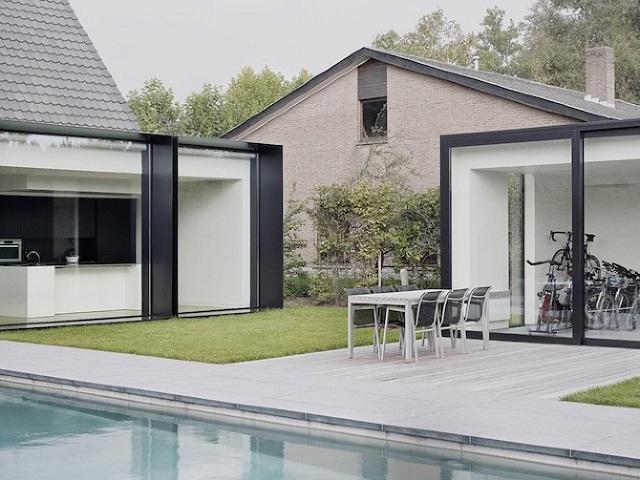 """""""Studio Graux & Baeyens Architecten hat vor kurzem das DS Projekt abgeschlossen. Die Architekten haben dieses alten Farmhaus in Destelbergen renoviert und erweitert.""""  Wohntrends: Hausanbau und Renovierung in Belgien Hausanbau und Renovierung in Belgien Architektur und Design Wohn DesignTrend 10"""