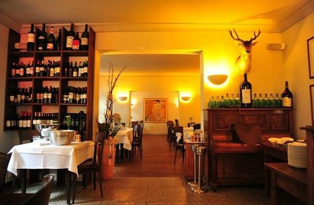 """""""Einige den besten Restaurants in Berlin, um viel Spaβ zu haben. Freut ihr mit der Dekoration, den Wohntrends, den Leuchten, Lampen und dem Möbeldesign.""""  Beste Restaurants in Berlin Riehmers Restaurant Berlin Luxus und trendige Pl  tze Wohn DesignTrend 09"""