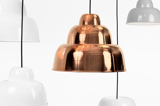 """""""Der Gewinner des Form +1 Award 2013 steht bereits fest. Er geht an die Designer von Form Us With Love für ihre Leuchte Levels für One Nordic Furniture Company."""""""