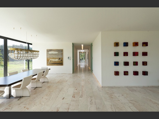 """""""Das Bridge House von 123DV präsentiert eine moderne Architektur und Design. Es ist ein Wohntrend für die grüne Dekoration, die sich auf der Natur inspiriert.""""  Wohntrends: Bridge House von 123DV Wohntrends Bridge House von 123DV Architektur und Design Wohn DesignTrend 08"""