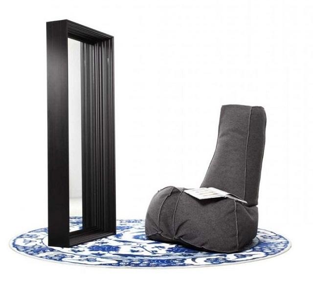 """""""Sessel: ein Möbel für eine Person und dient dem bequemen Sitzen. Machen Sie es sich bequem mit Menge Sessel von romantisch über urban bis zu klassisch sein.""""  Dekoideen fürs Wohnzimmer: gemütliche Sessel moooi armchair dickie marke wohn designtrend 02"""