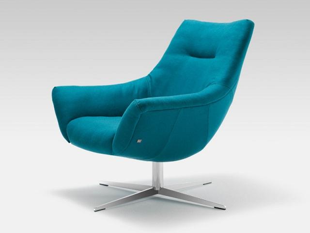 """""""Sessel: ein Möbel für eine Person und dient dem bequemen Sitzen. Machen Sie es sich bequem mit Menge Sessel von romantisch über urban bis zu klassisch sein.""""  Dekoideen fürs Wohnzimmer: gemütliche Sessel rolf benz armchair 566 marke wohn designtrend 01"""