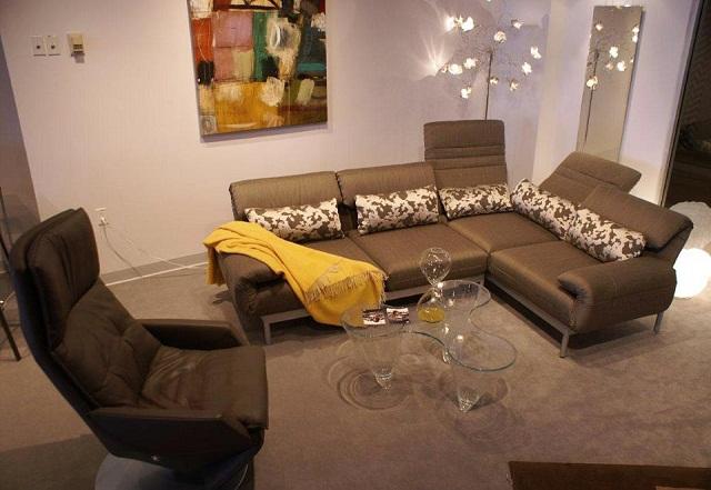 """""""Sessel: ein Möbel für eine Person und dient dem bequemen Sitzen. Machen Sie es sich bequem mit Menge Sessel von romantisch über urban bis zu klassisch sein.""""  Dekoideen fürs Wohnzimmer: gemütliche Sessel rolf benz marke wohn designtrend"""