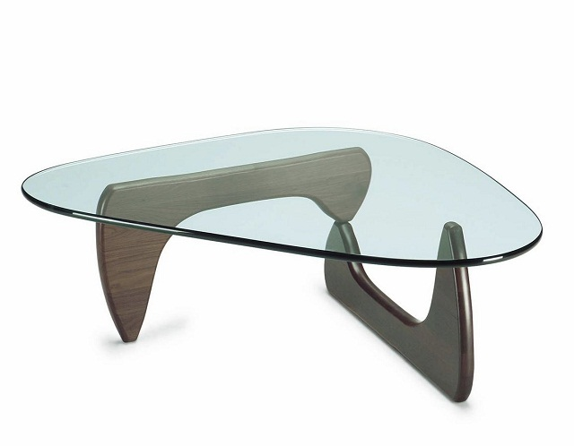 """""""Freuen Sie sich mit diesen modernen, stilvollen und schönen Couchtische. Fügen Sie Ihre Wohnaccessoires mit diesen erstaulichen Dekorstücke zusammen.""""  Dekoideen: moderne, stilvolle und schöne Couchtische vitra isamu noguchi coffee table marke wohndesigntrend 01"""