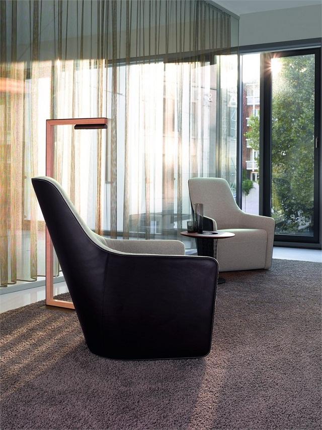 """""""Sessel: ein Möbel für eine Person und dient dem bequemen Sitzen. Machen Sie es sich bequem mit Menge Sessel von romantisch über urban bis zu klassisch sein.""""  Dekoideen fürs Wohnzimmer: gemütliche Sessel walter knoll armchair foster520 marke wohn designtrend 02"""
