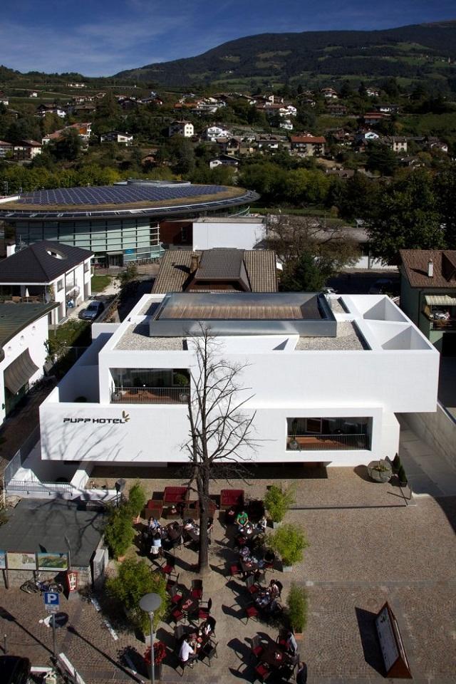 Hotel pupp in italien von bergmeisterwolf architekten for Gunter richard wett