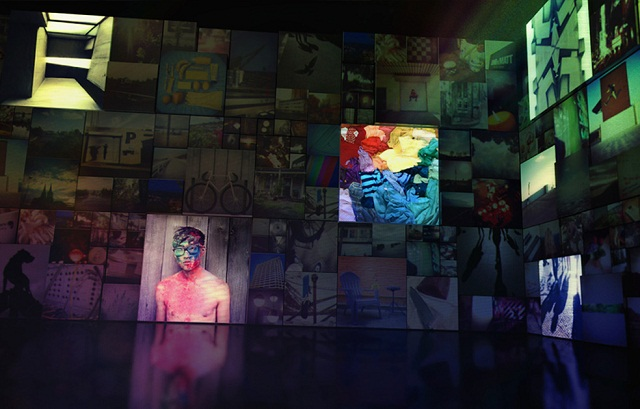"""""""#Untamed ist die erste digitale Photoausstellung ihrer Art. Die Installation wird von Ihren Instagram Photos befüllt. Inspiriert vom neuen Mercedes-Benz CLA.""""  #Untamed: Eine digitale Photo Installation von Mercedes-Benz Untamed Eine digitale Photo Installation von Mercedes Benz Marke Wohn DesignTrend 01"""