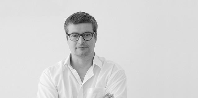 """""""Interview mit Thomas Feichtner. Zur Milan Design Week 2013 stellen Sie ein neues Produkt: Den Stuhl Tram. Können Sie über die Entstehungsgeschichte erzählen?"""""""