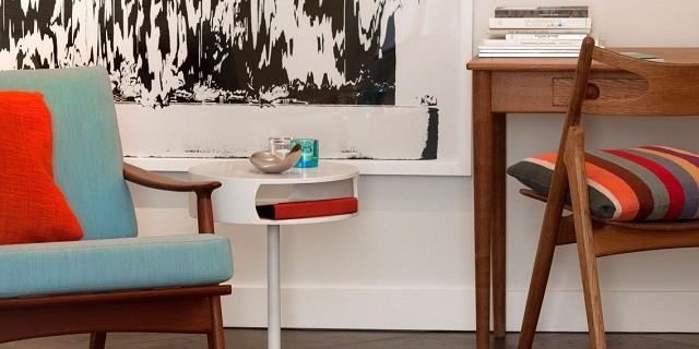 """""""Tenbosh House: Trendiges Hotel in Brüssel von Patrice Lemeret and Michel Penneman. Farbkombination Türkis und Rot; skandinavischen Stil der 1960er Jahre."""""""