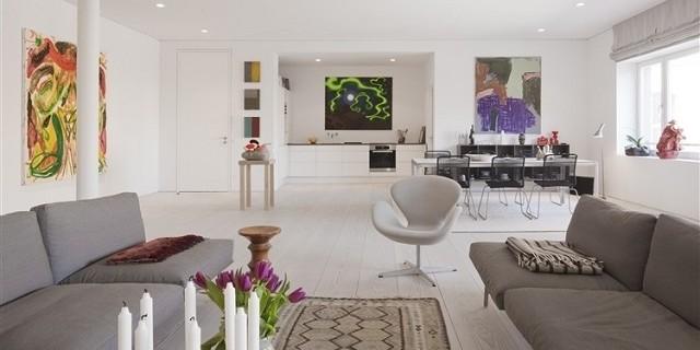 """""""Galerie Mikael Andersen in Berlin: Renovierung des Gebäudes am Prenzlauer Berg, macht die Galerie, eine Künstlerwohnung und Mikael Andersens private Wohnung."""""""