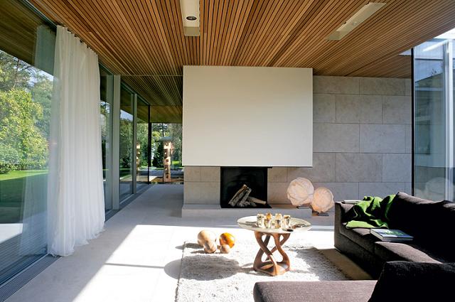 wohntrends bungalow aus holz und glas von zech. Black Bedroom Furniture Sets. Home Design Ideas