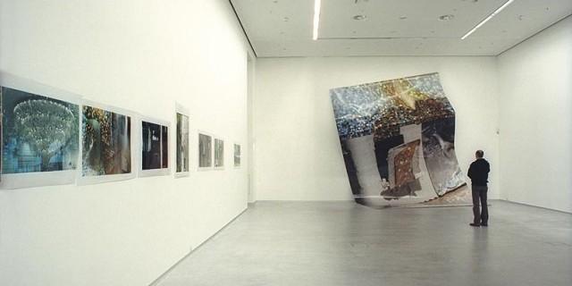 """""""Deutschland ist weltweit bekannt für seine Offenheit gegenüber anderen Kulturen und neuen Künstlern. Beste Galerien in Deutschland."""""""