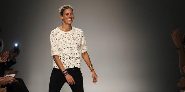 """""""Isabel Marant selbst sagt über die Kooperation, sie fühle sich sehr geschmeichelt, weil H&M nur mit den Besten zusammenarbeite."""""""