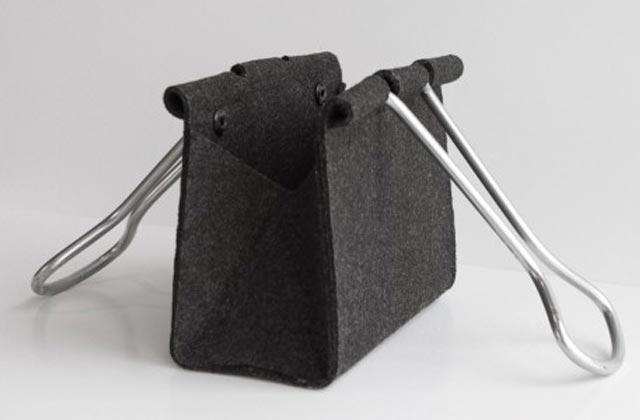 """""""Die Clip Bag von Peter Bristol aus Seattle ist ein Ausnahmefall. Es kommt selten vor, dass eine Form ohne Übersetzung neu benutzt werden kann.""""  Mode & Lifestyle: Handtasche im Clip-Format Wohn DesignTrend ModeLifestyle Handtasche im Clip Format 03"""
