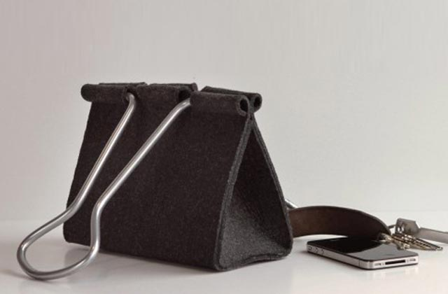 """""""Die Clip Bag von Peter Bristol aus Seattle ist ein Ausnahmefall. Es kommt selten vor, dass eine Form ohne Übersetzung neu benutzt werden kann.""""  Mode & Lifestyle: Handtasche im Clip-Format Wohn DesignTrend ModeLifestyle Handtasche im Clip Format 04"""