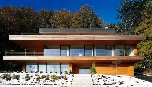 """""""Wohnhaus Heilbronn von K_m Architektur in Deutschland. Holz ist ein ganz besonderes Baumaterial. Holz ist traditionell und modern zugleich.""""  Wohnhaus Heilbronn von K_m Architektur in Deutschland Wohn DesignTrend Wohnhaus Heilbronn von K m Architektur in Deutschland 03"""
