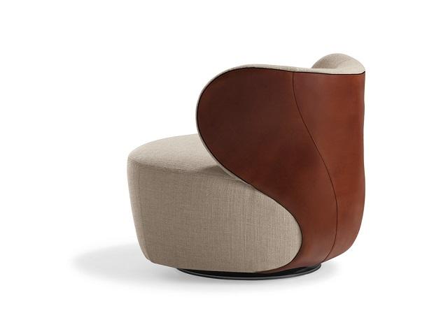"""""""Auch 2013 finden Sie in seiner Ausgabe von AD Choice wieder die 500 schönsten Möbel des Jahres – hinreißende Kleinode und Centerpieces."""""""