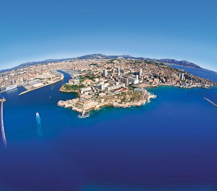 """""""Lonley Planet's Top 10 europäische Zielorte für 2013, die 10 Orte, von denen wir meinen, Reisende sollten sie besuchen, wenn sie sich gerade auf dem Weg nach Europa befinden.""""  TOP 10 EUROPEAN TRAVEL DESTINATIONS FOR 2013 14"""