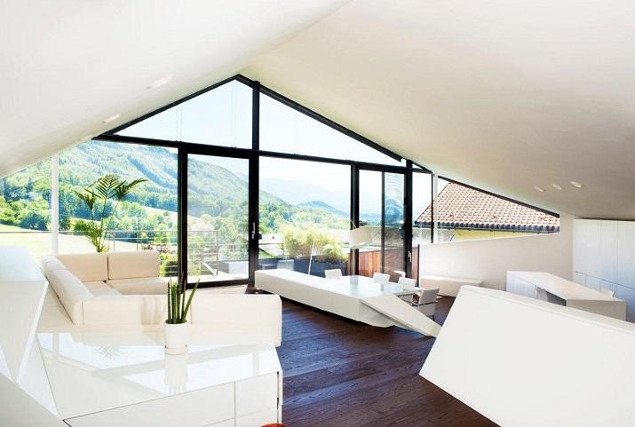 """""""Das Haus H, ansässig in Salzburg, Österreich, ist ein Projekt, das von den Smartvoll Architekten ZT KG entworfen wurde und 2010 präzisiert wurde.""""  Wohntrends: House H von Smartvoll Architekten ZT KG Wohn DesignTrend Haus H 04"""