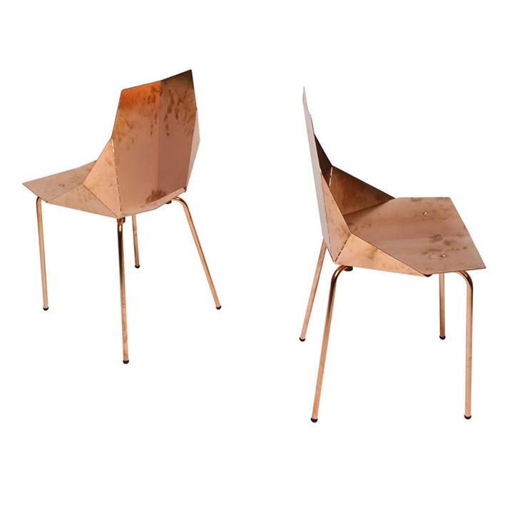 """""""Heute werden wir Ihnen ein paar Ideen präsentieren, um Ihre Inneneinrichtung unterschiedlich zu gestalten. """"  Elegantes Ambiente in Kupfertönen chairs"""