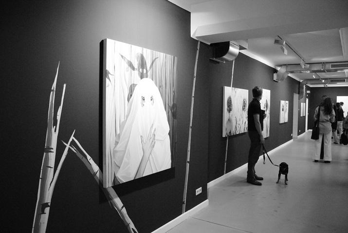 """""""Einige der besten Galerien man kann an Berlin Art Week 2013 besuchen!""""  Beste Galerien der Berlin Art Week 2013 zu besuchen Black Ghosts von Christopher Winter 02"""