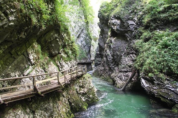 """""""Erstaunliche Orte um die Welt, um man zu entspannen.""""  Erstaunliche Orte um die Welt Wohn DesignTrend Slovenia"""
