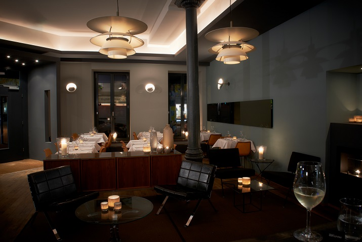"""""""Panther Grill & Bar Restaurant in München - Die Inneneinrichtung erinnert an die coolsten Steakhäuser in New York und muss keinen Vergleich mit diesen scheuen.""""  Panther – Grill & Bar Restaurant in München Wohn DesignTrend Panther Grill Bar M  nchen 03"""