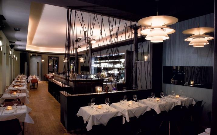 """""""Panther Grill & Bar Restaurant in München - Die Inneneinrichtung erinnert an die coolsten Steakhäuser in New York und muss keinen Vergleich mit diesen scheuen.""""  Panther – Grill & Bar Restaurant in München Wohn DesignTrend Panther Grill Bar M  nchen 04"""