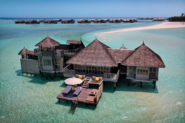 """""""Gili Lankanfushi: Das 5-Sterne-Resort vereint den puren und unverfälschten Zauber der Malediven mit Luxus, Wellness und perfektem Service.""""  Gili Lankanfushi: Ein Geschmack des Himmels Gili Lankanfushi Ein Geschmack des Himmels 02"""