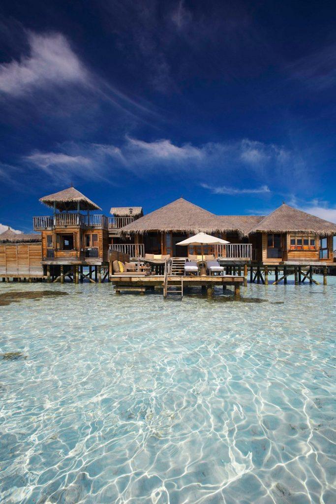 """""""Gili Lankanfushi: Das 5-Sterne-Resort vereint den puren und unverfälschten Zauber der Malediven mit Luxus, Wellness und perfektem Service.""""  Gili Lankanfushi: Ein Geschmack des Himmels Gili Lankanfushi Ein Geschmack des Himmels 03"""