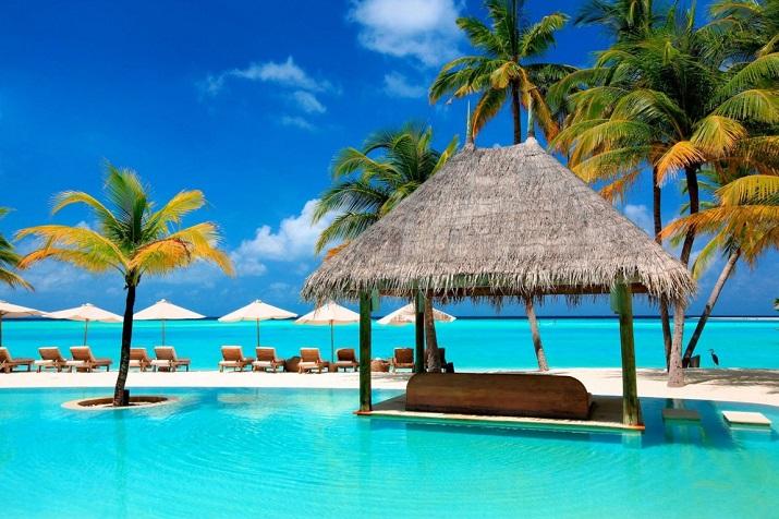 """""""Gili Lankanfushi: Das 5-Sterne-Resort vereint den puren und unverfälschten Zauber der Malediven mit Luxus, Wellness und perfektem Service.""""  Gili Lankanfushi: Ein Geschmack des Himmels Gili Lankanfushi Ein Geschmack des Himmels 05"""