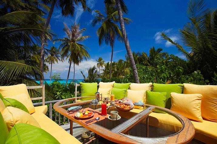 """""""Gili Lankanfushi: Das 5-Sterne-Resort vereint den puren und unverfälschten Zauber der Malediven mit Luxus, Wellness und perfektem Service.""""  Gili Lankanfushi: Ein Geschmack des Himmels Gili Lankanfushi Ein Geschmack des Himmels 06"""
