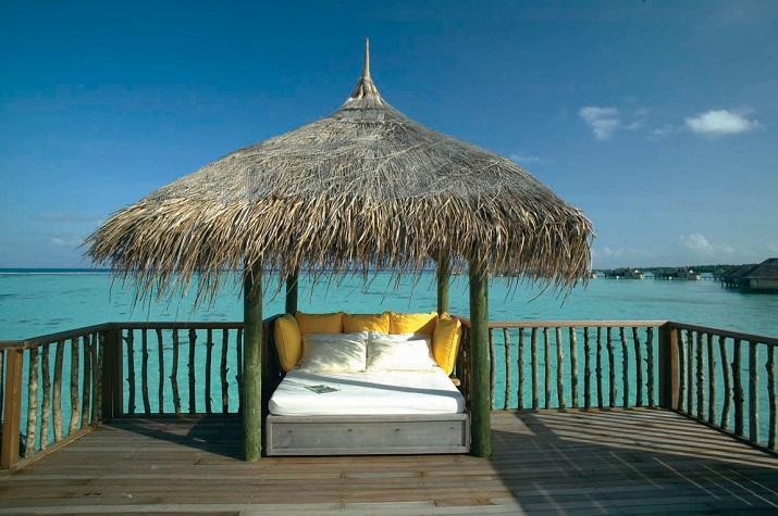 """""""Gili Lankanfushi: Das 5-Sterne-Resort vereint den puren und unverfälschten Zauber der Malediven mit Luxus, Wellness und perfektem Service.""""  Gili Lankanfushi: Ein Geschmack des Himmels Gili Lankanfushi Ein Geschmack des Himmels 07"""