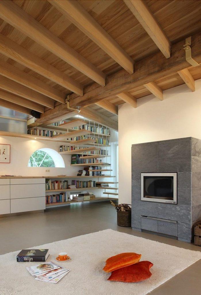 """""""Maxwan Architekten entwarf eine zeitgenössische Umwandlung eines alten Stalles in Geldermalsen, Die Niederlande.""""  House G von Maxwan Architekten House G von Maxwan Architekten 03"""