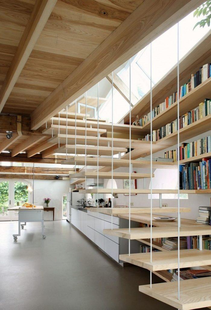 """""""Maxwan Architekten entwarf eine zeitgenössische Umwandlung eines alten Stalles in Geldermalsen, Die Niederlande.""""  House G von Maxwan Architekten House G von Maxwan Architekten 04"""