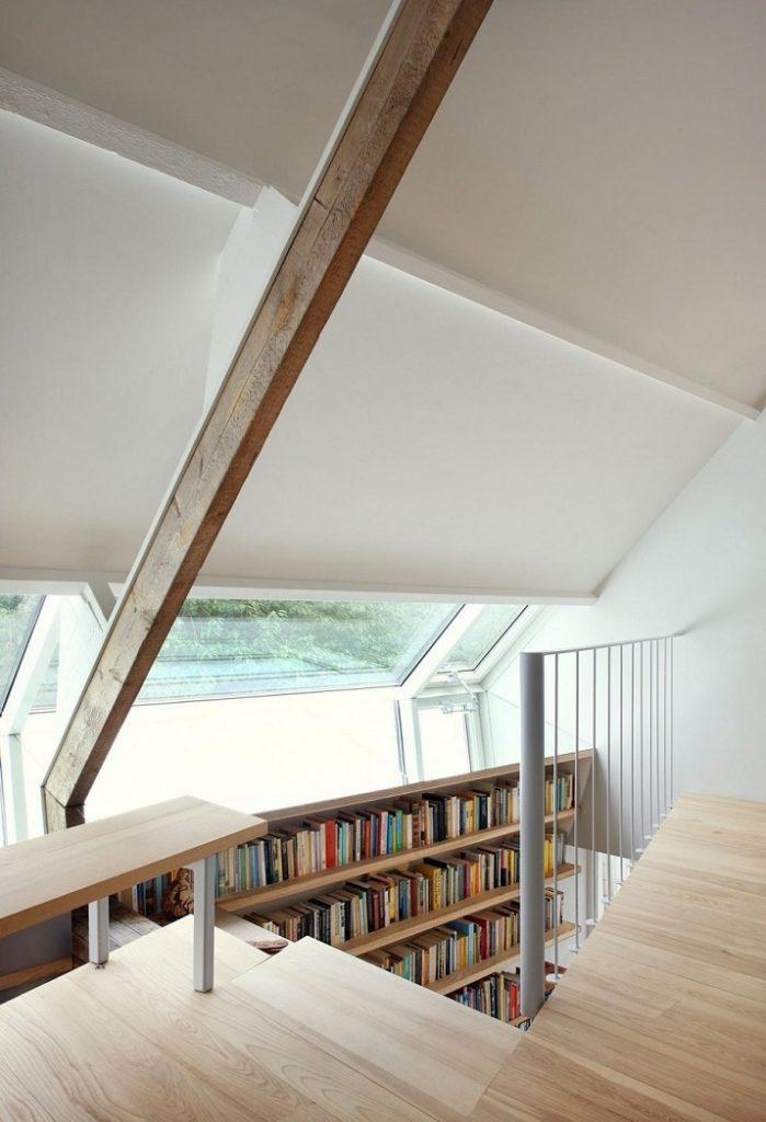 """""""Maxwan Architekten entwarf eine zeitgenössische Umwandlung eines alten Stalles in Geldermalsen, Die Niederlande.""""  House G von Maxwan Architekten House G von Maxwan Architekten 05"""