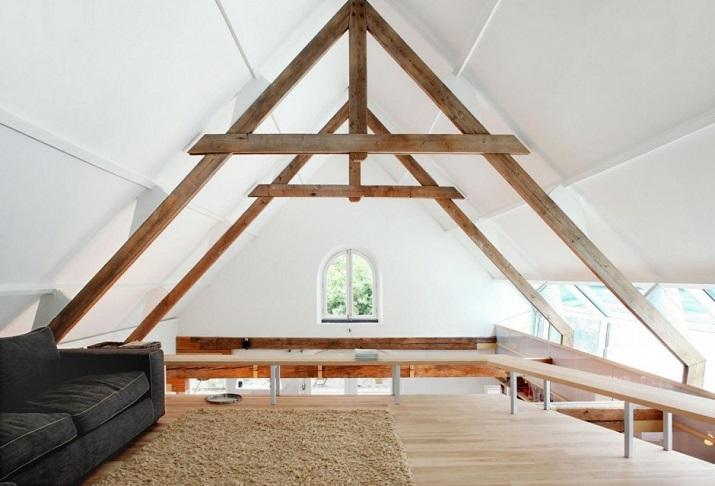 """""""Maxwan Architekten entwarf eine zeitgenössische Umwandlung eines alten Stalles in Geldermalsen, Die Niederlande.""""  House G von Maxwan Architekten House G von Maxwan Architekten 06"""