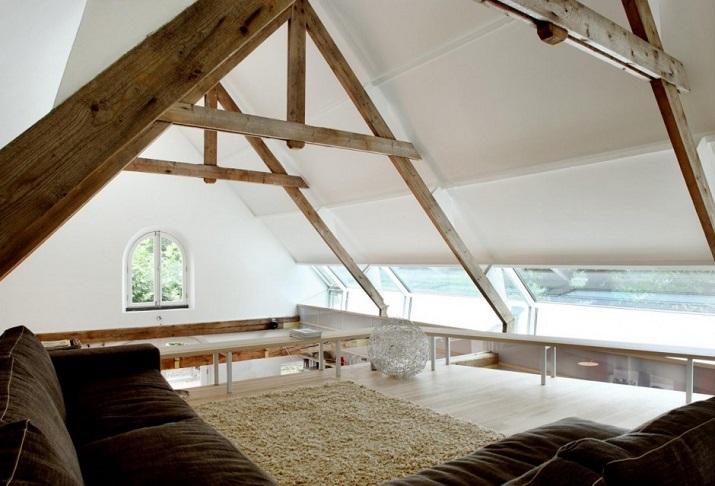 """""""Maxwan Architekten entwarf eine zeitgenössische Umwandlung eines alten Stalles in Geldermalsen, Die Niederlande.""""  House G von Maxwan Architekten House G von Maxwan Architekten 07"""