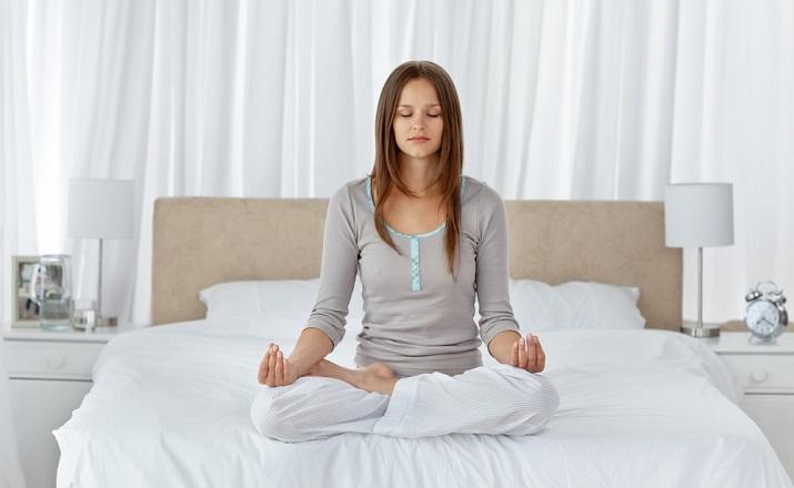Entspannen_Komfort und Quälitat-Tipps für eine erholsame Nacht_WohnDesignTrend  Schlafen Geheimnisse: Tipps für eine erholsame Nacht Entspannen Komfort und Qu  litat Tipps f  r eine erholsame Nacht WohnDesignTrend