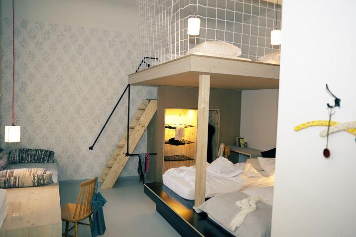 """""""Michelberger Hotel Berlin von Studio Aisslinger. Jedes Detail des Michelberger Hotels in Berlin ist bis ins Letzte durchdacht.""""  Michelberger Hotel Berlin von Studio Aisslinger Michelberger Hotel Berlin von Studio Aisslinger 02"""