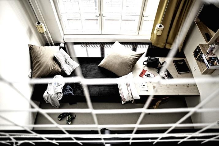"""""""Michelberger Hotel Berlin von Studio Aisslinger. Jedes Detail des Michelberger Hotels in Berlin ist bis ins Letzte durchdacht.""""  Michelberger Hotel Berlin von Studio Aisslinger Michelberger Hotel Berlin von Studio Aisslinger 04"""