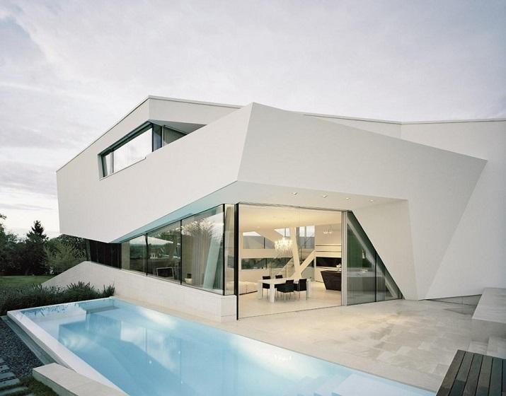 """""""Projekt A01 Architekten haben die Villa für eine Familie Freundorf bei Wien, Österreich konzipiert.""""  Villa Freundorf von Project A01 Architekten Villa Freundorf von Project A01 Architekten 03"""