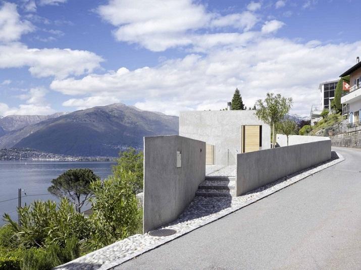 """""""Dieses elegante Haus, in Ranzo, die Schweiz, wird von Wespi de Meuron entworfen.""""  Betonhaus in Ranzo bei Wespi de Meuron Betonhaus in Ranzo bei Wespi de Meuron 01"""